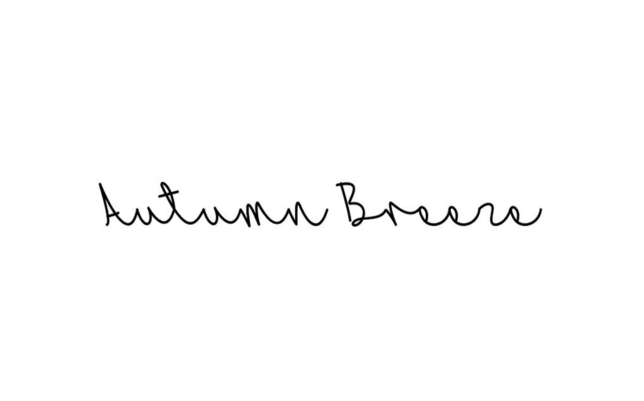 Autumn Breeze Font Family Free Download